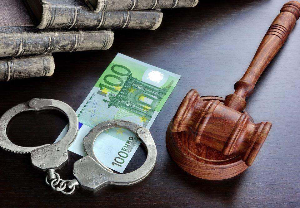 themes finding bail bondsman